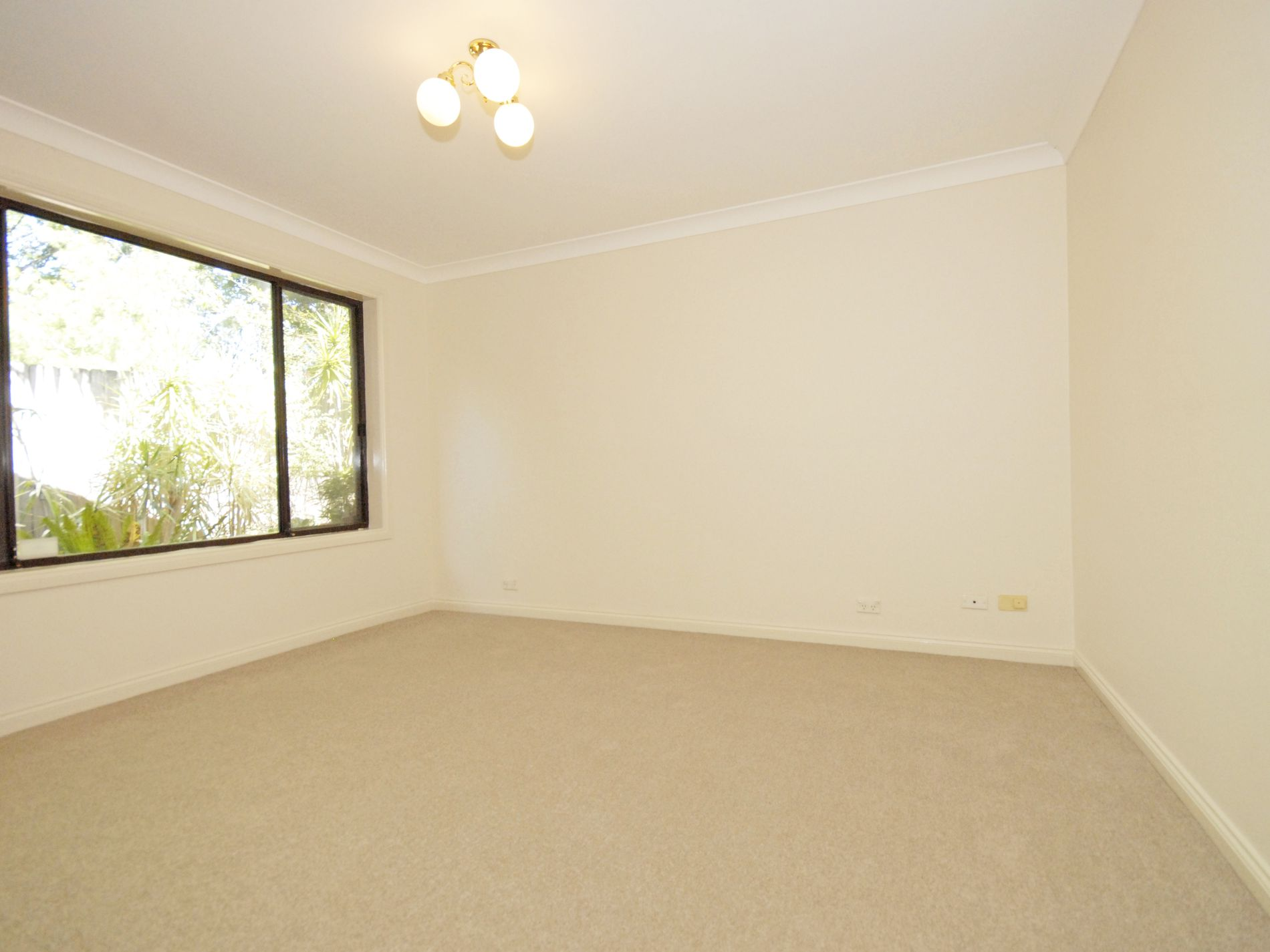 4 / 8-10 Angus Avenue, Epping