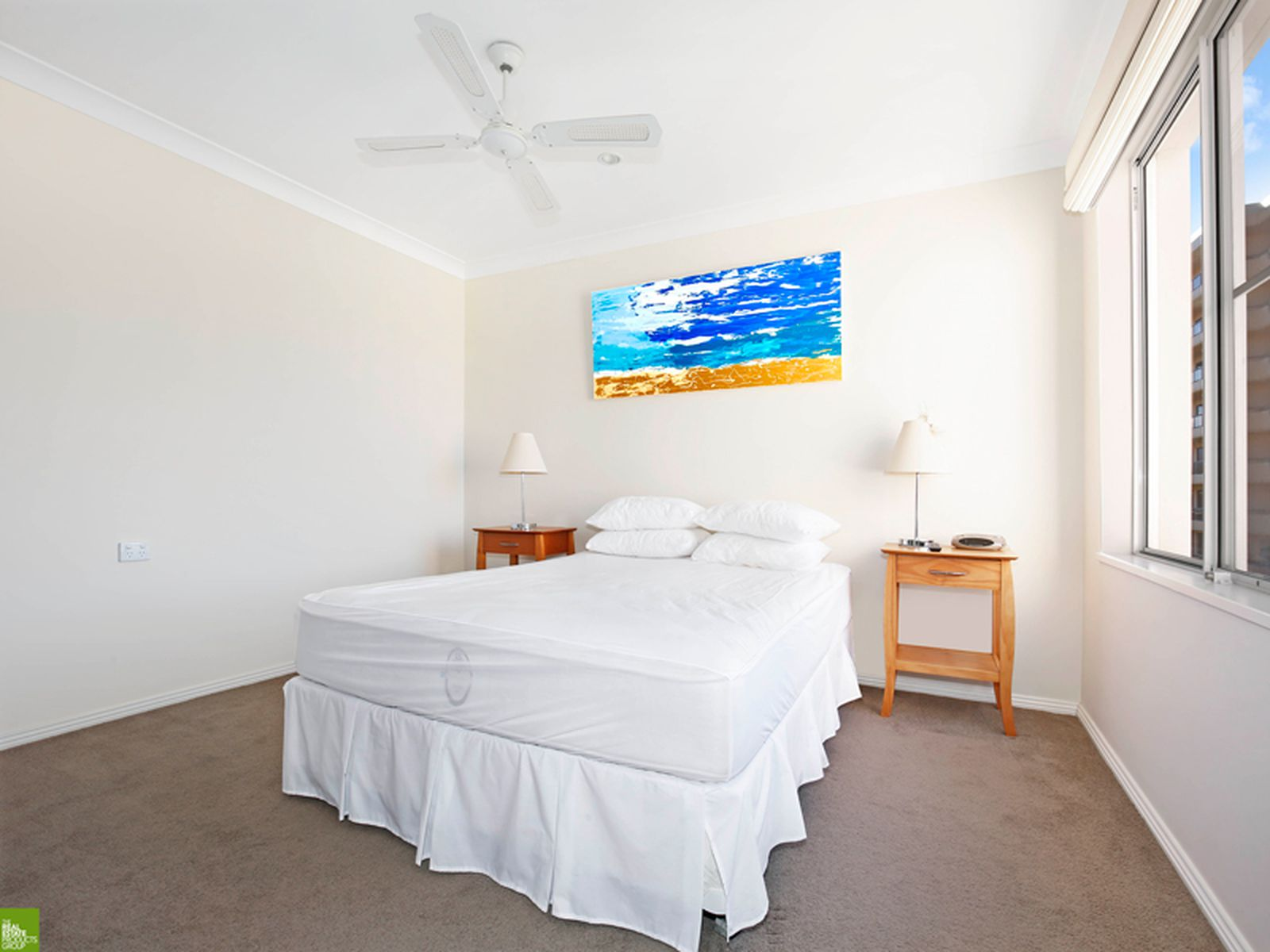 6 / 28A Harbour Street, Wollongong