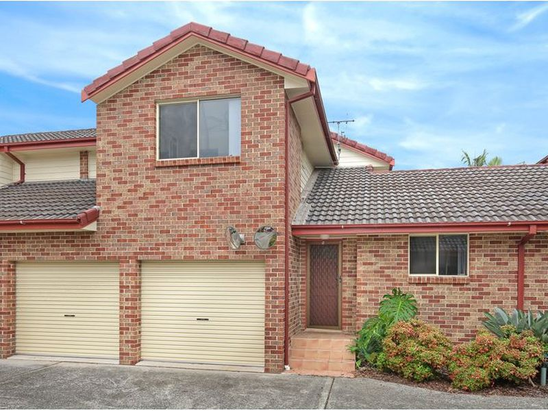 8 / 118 Hopewood Crescent, Fairy Meadow