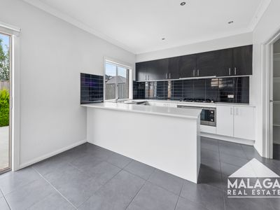 54 Annecy Boulevard, Fraser Rise
