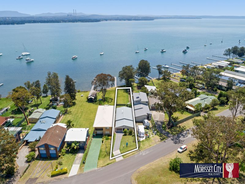 111 Grand Parade, Bonnells Bay