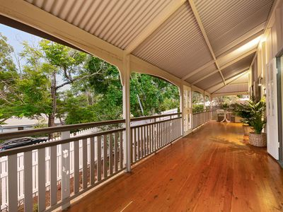 4 Jainba Street, Indooroopilly