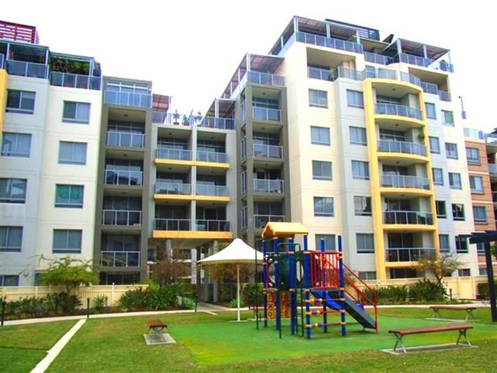255 / 16 Lusty Street, Wolli Creek
