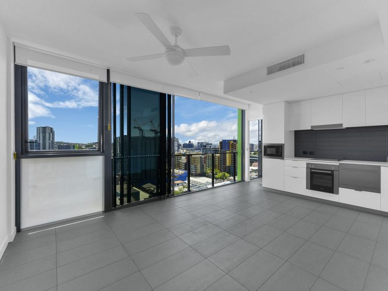 1201 / 10 Trinity Street, Fortitude Valley