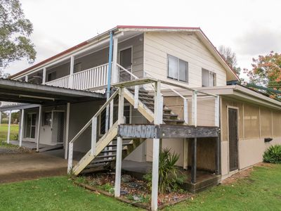 31 East Combined Street, Wingham