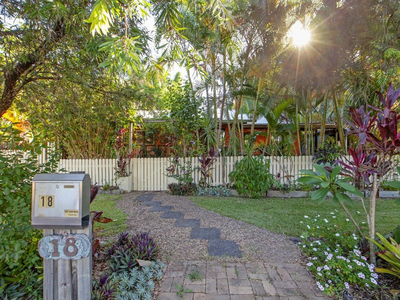 18 Maleny Street, Landsborough