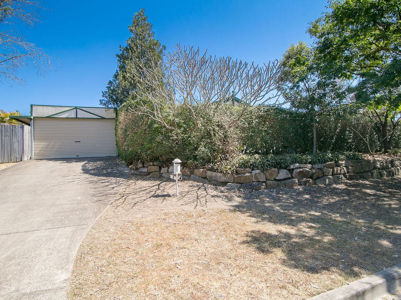 8 Hawke Avenue, Collingwood Park