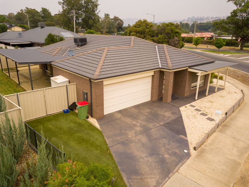 1 VICTORIA CROSS PARADE, Wodonga