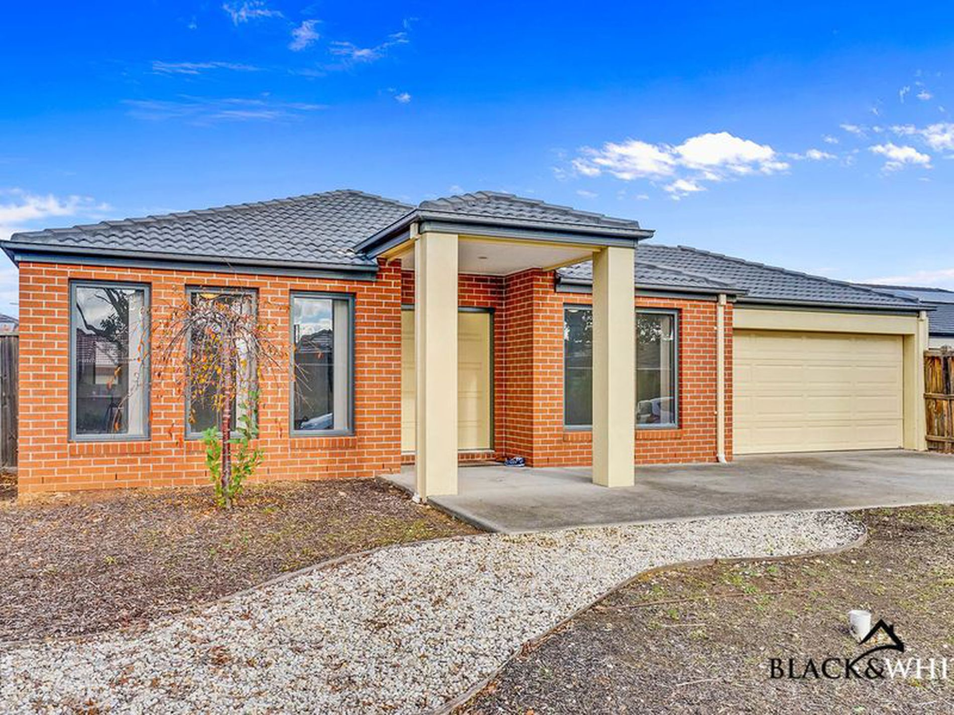 11 Grandiflora Grove, Point Cook