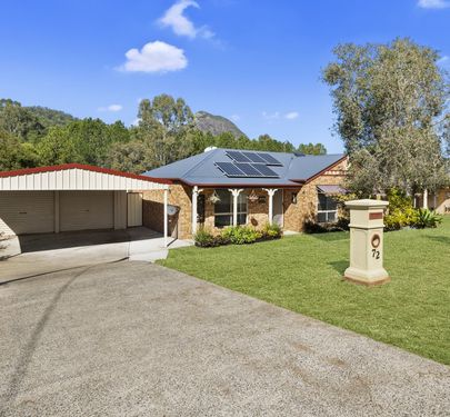 72 Parkview Road, Glass House Mountains