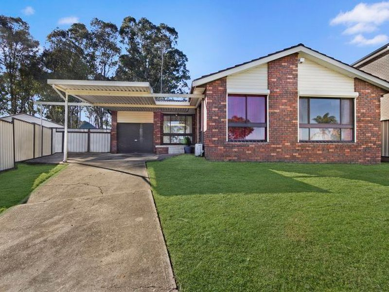 8 Menzies Circuit, St Clair