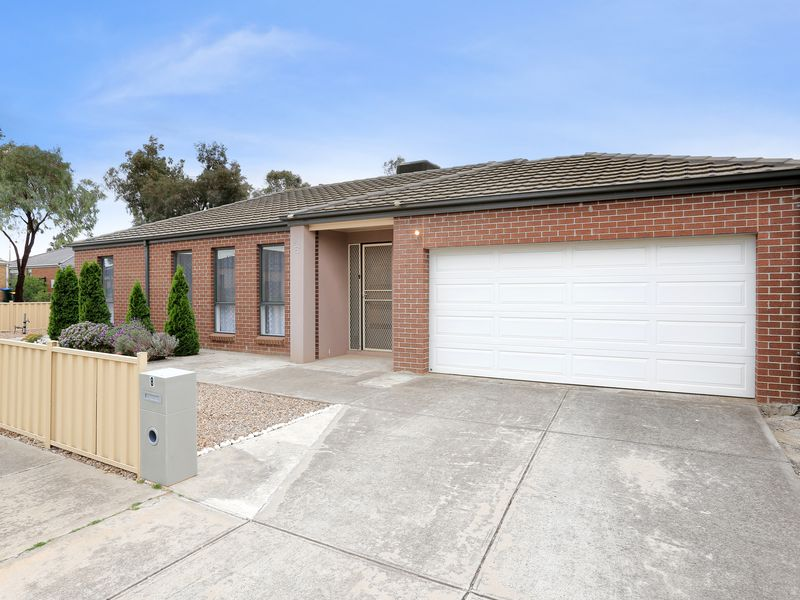 8 Gale Avenue, Tarneit