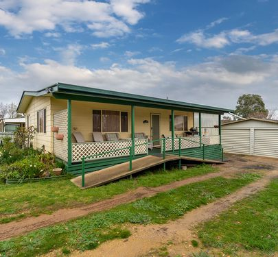 125 King Street, Molong