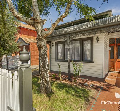 19 Lyon Street, Essendon