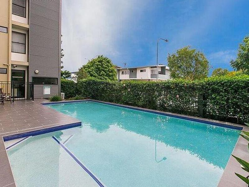 2180 Logan Road, Upper Mount Gravatt