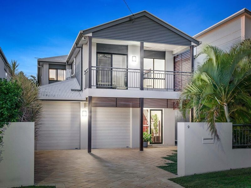 9 Blackwood Road, Manly West