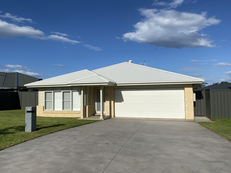 17 Hastings Parade, Sussex Inlet