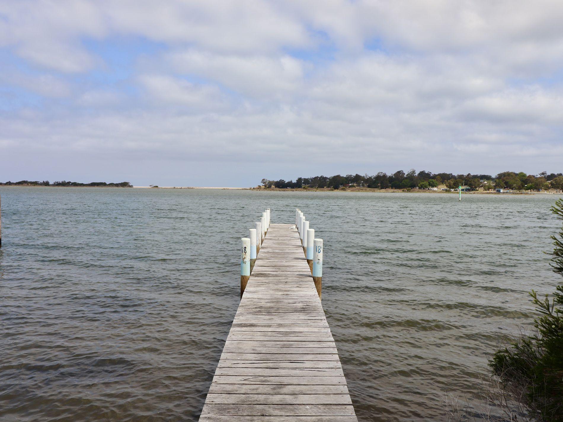 27 Lakeside Drive, Mallacoota