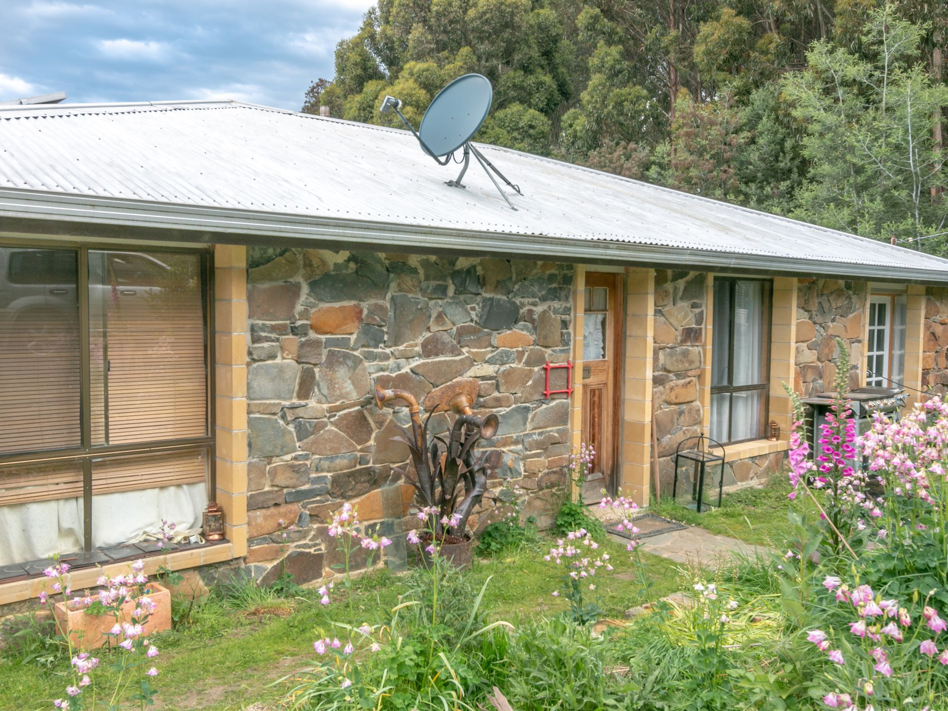 23 Chambers Road, Franklin