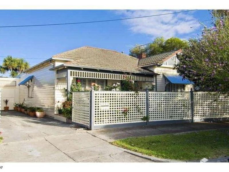 2 Dawson Avenue, Footscray