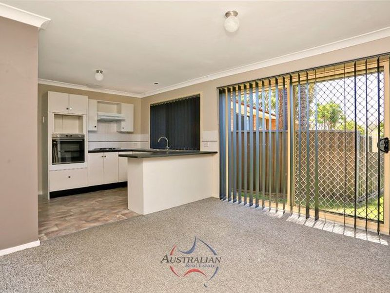 11 Farmer Place, St Clair