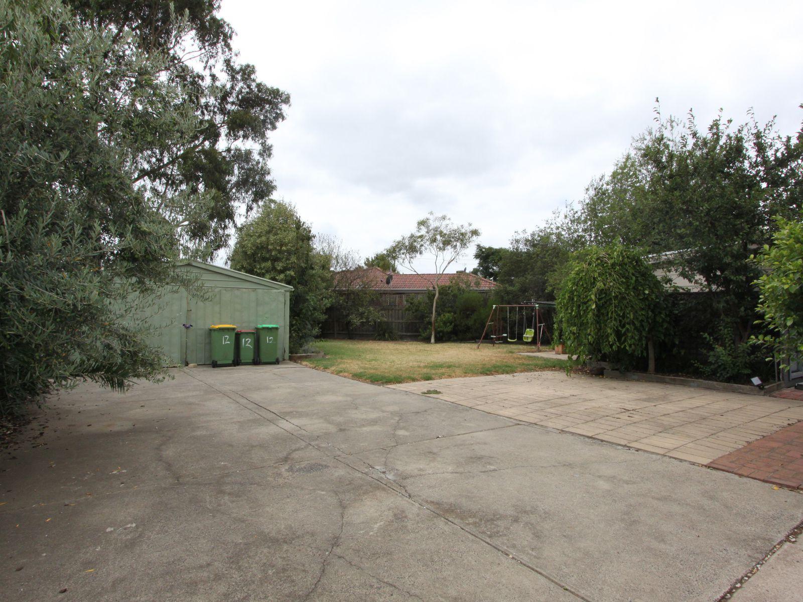 12 Carlton Court, Braybrook