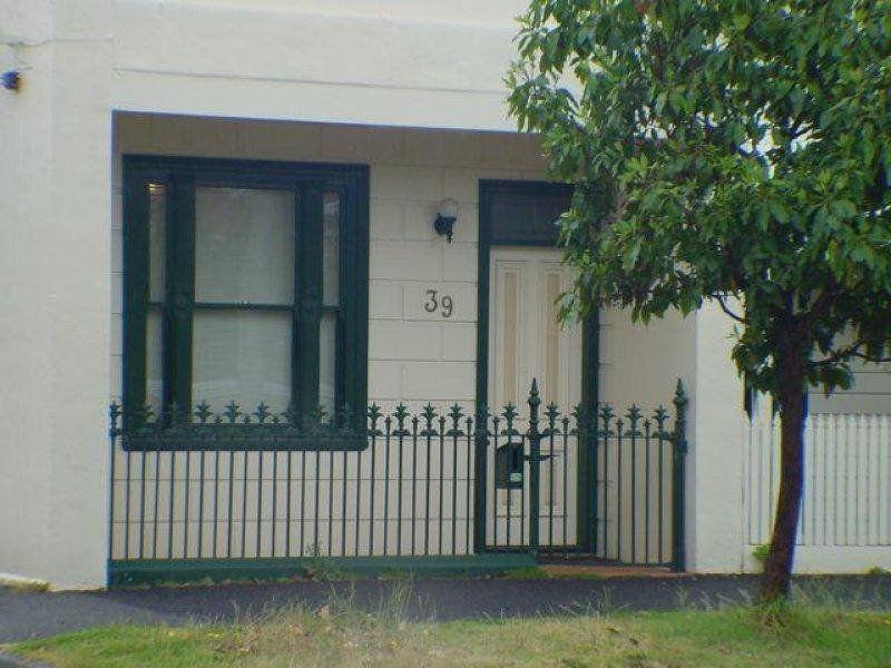 39  Mills Stret , Middle Park