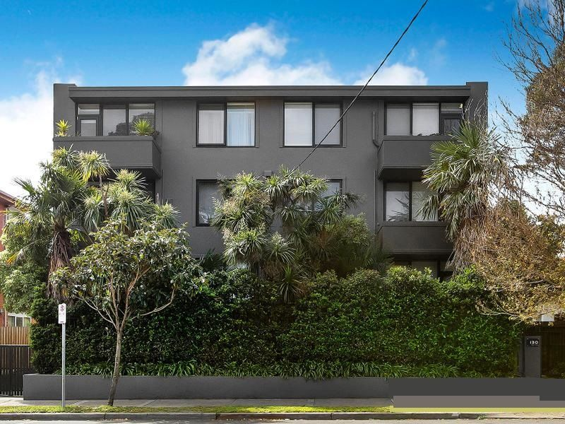 8 / 130 Alma Road, St Kilda East