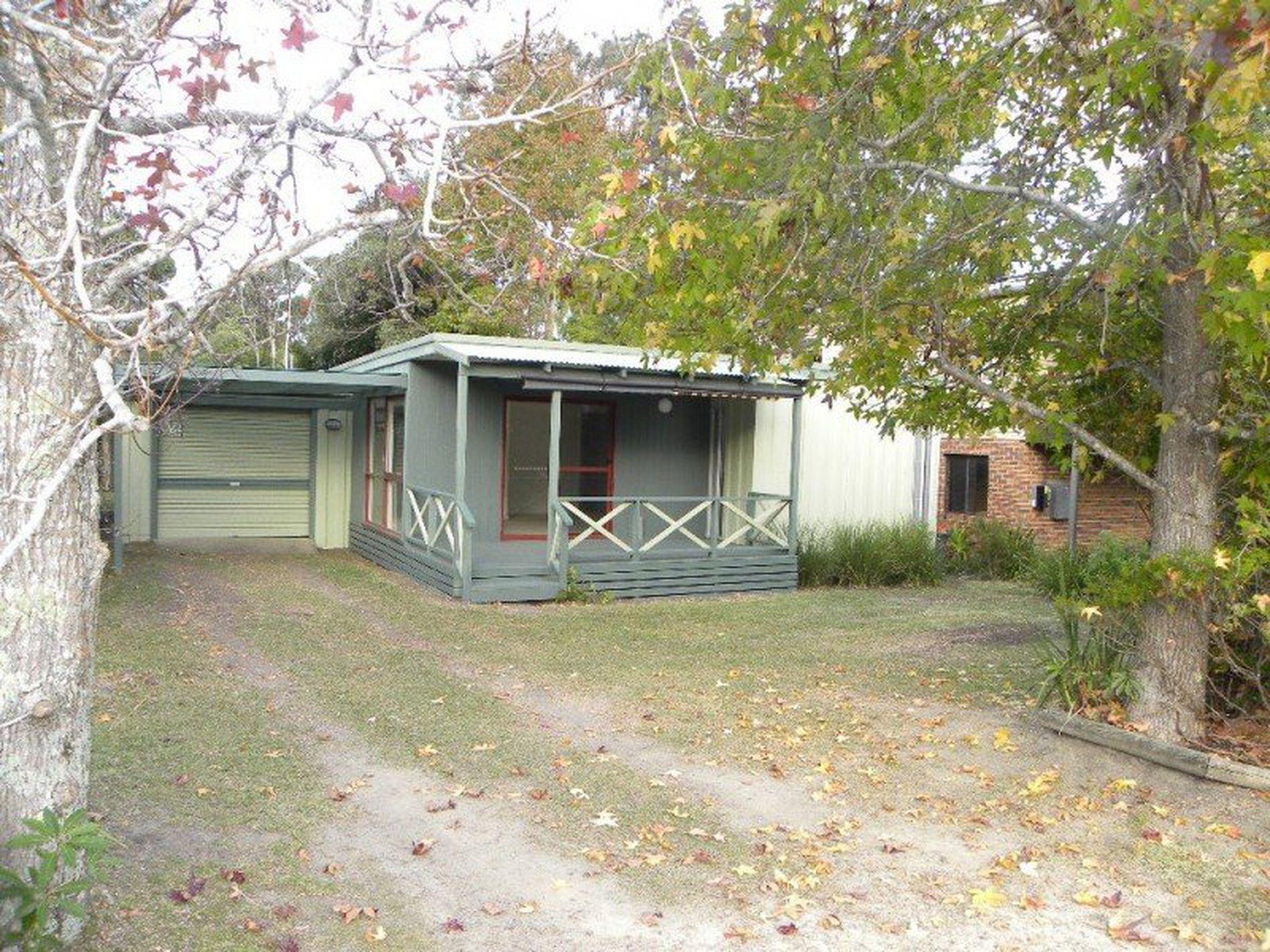 4 Beachview Ave, Berrara