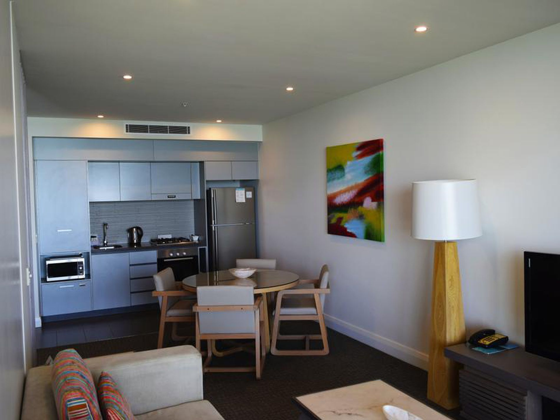 1002 / 101 Marine Pde, Redcliffe