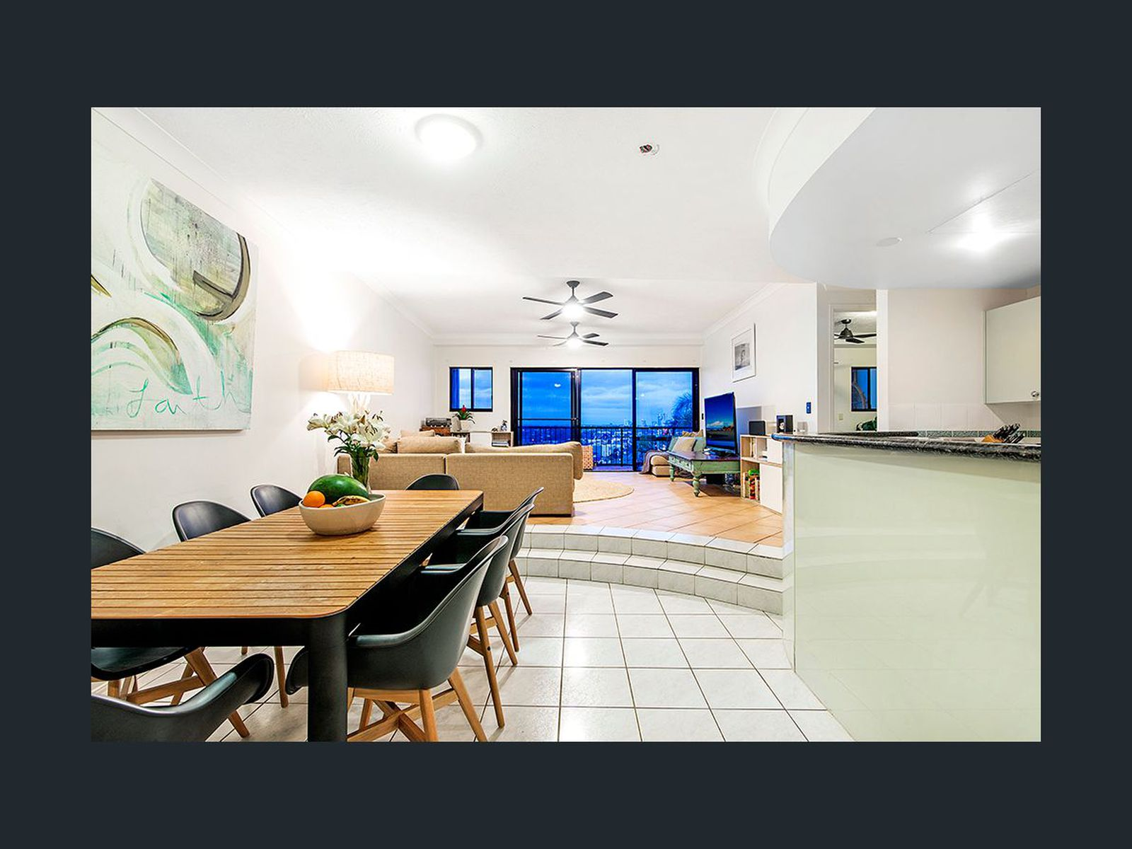 A18 / 1  Great Hall Drive, Miami
