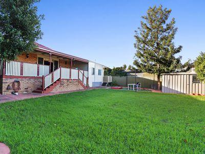 75 Snell Grove, Oak Park