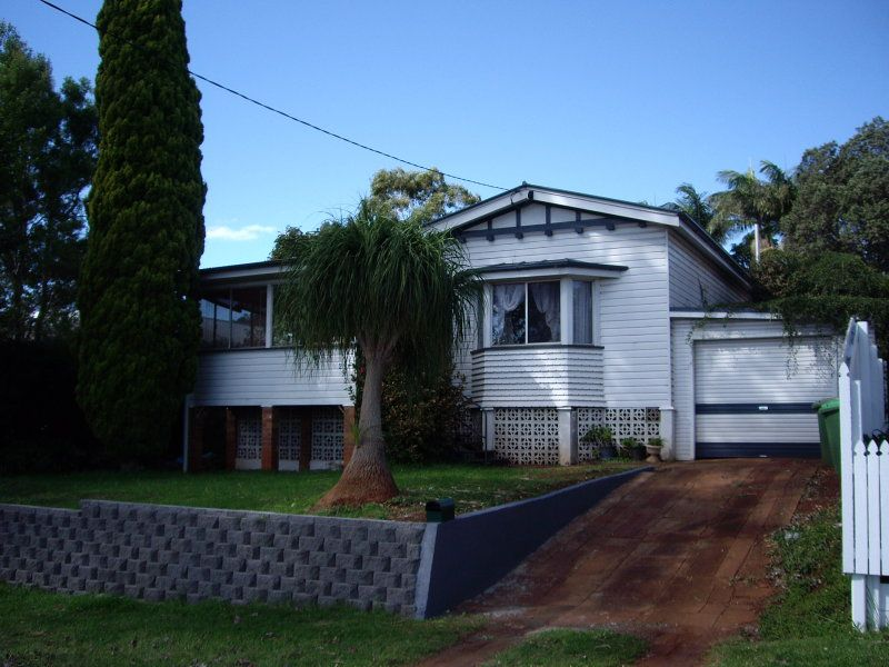 292 Hume Street, Centenary Heights