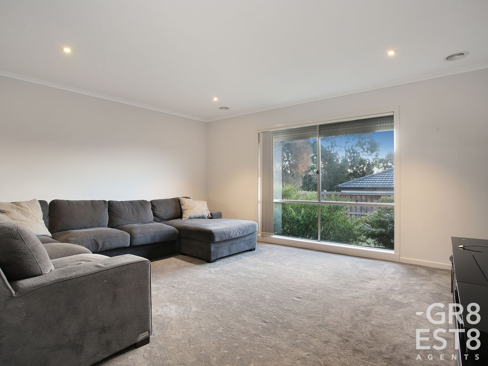31 Merritt Avenue, Cranbourne West