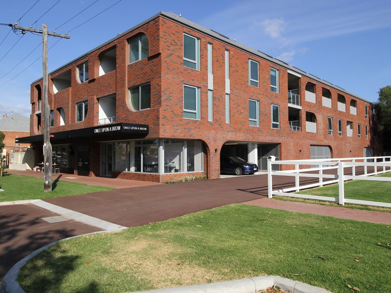 7 / 110 Terrace Road, Guildford