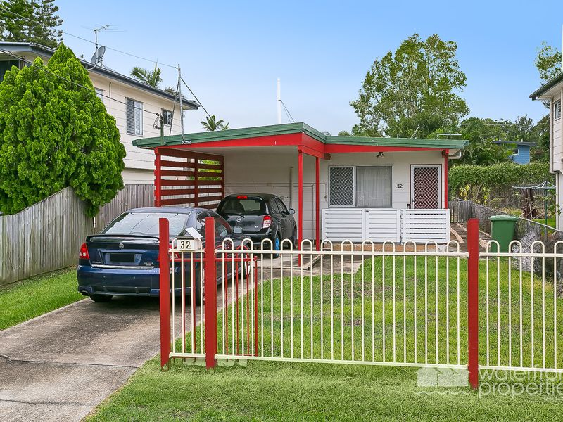 32 O'CONNELL STREET, Redcliffe