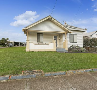 23 MacDonald Street, Warrnambool