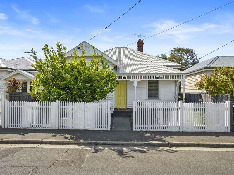 34 MAITLAND STREET, Geelong West