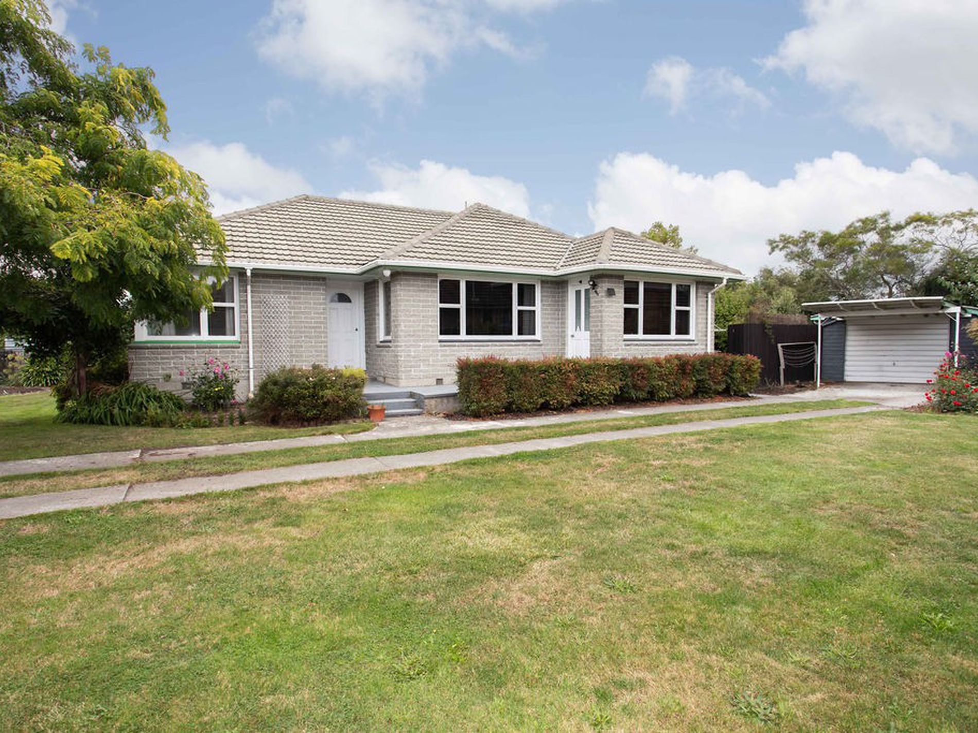23 Damien Place, Bromley