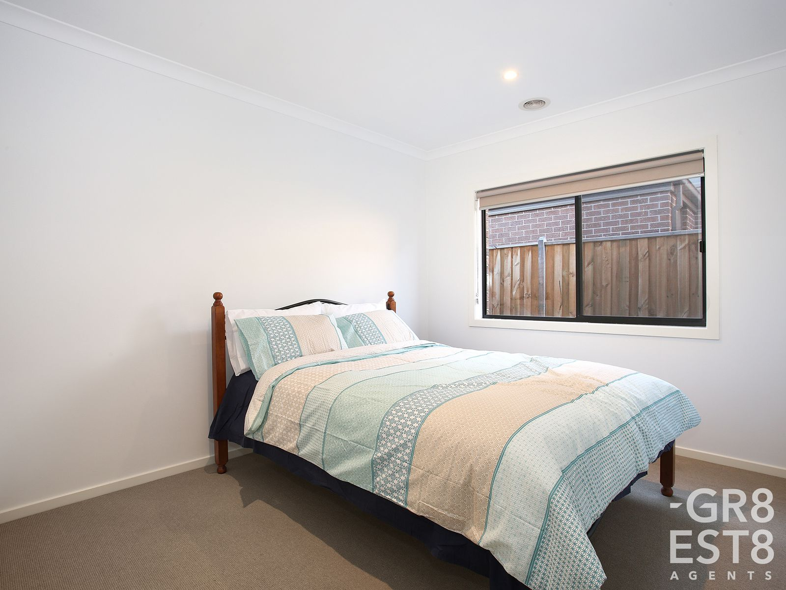 6 Greenglade Way, Cranbourne East