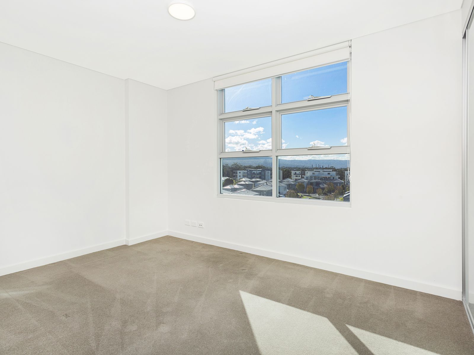 406 / 3 Grand Court, Fairy Meadow