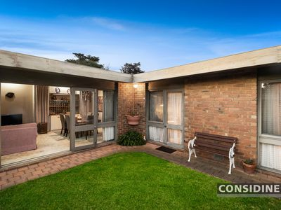 53 Caravelle Crescent, Strathmore Heights