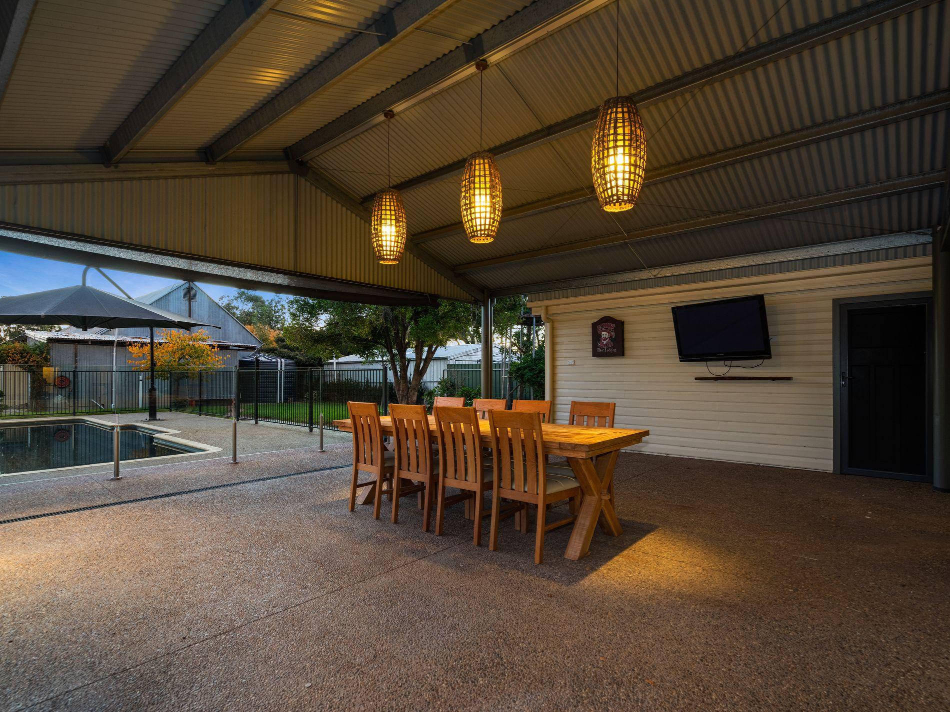 16 Urana Rd, Burrumbuttock NSW 2642 , Burrumbuttock