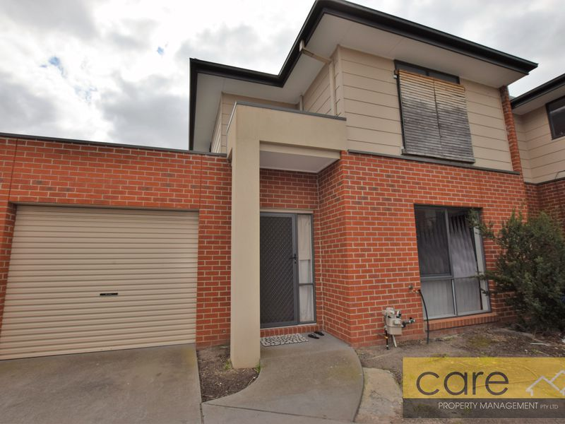 2 / 30 Simon Court, Hampton Park
