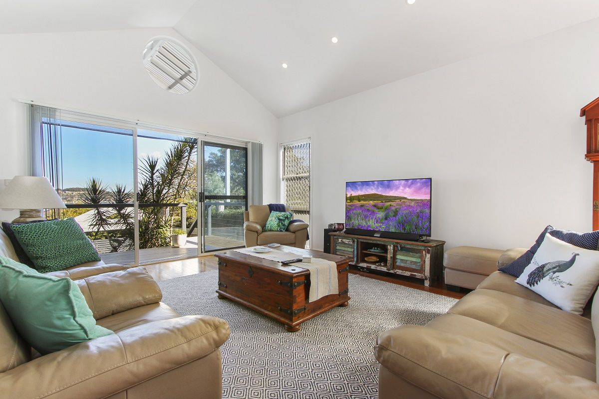 Immaculate Home With Great Views