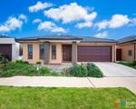 10 Applegate Crescent, Tarneit