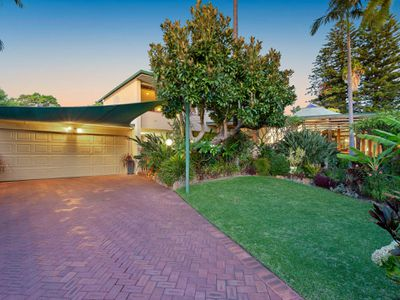 12 Olympic Place, Ardross