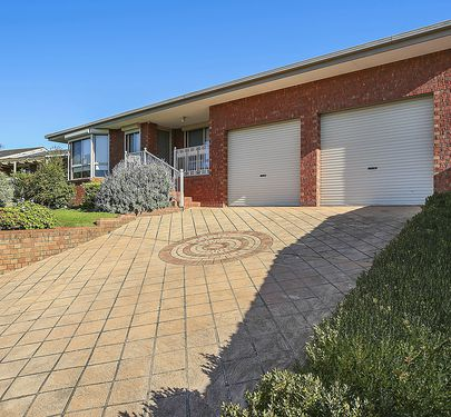 8 Officer Court, Warrnambool