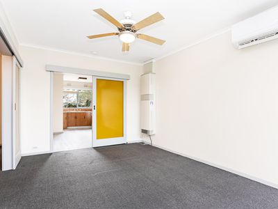 4 / 38 Grevillia Road, Oak Park