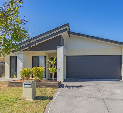 16 Ballow Crescent, Redbank Plains